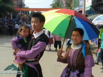 """""""Đêm không ngủ"""" của các chàng trai, cô gái Mông ở cao nguyên Mộc Châu"""