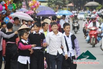 Tết độc lập, chợ tình trên cao nguyên Mộc Châu