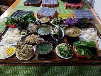 Du lịch Mộc Châu: Lên núi ăn cá kiểu núi?