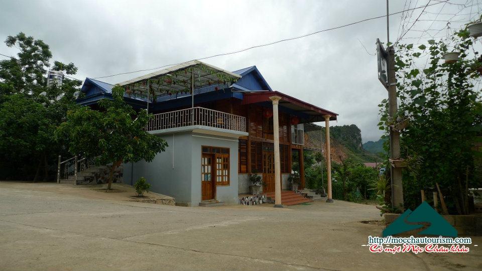 Nhà sàn Lộc Bình Mộc Châu