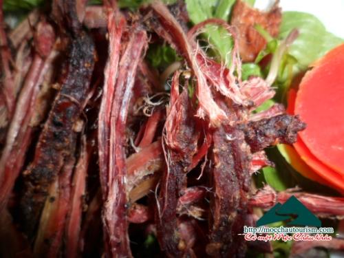 Thịt trâu, bò gác bếp ngon tại Mộc Châu
