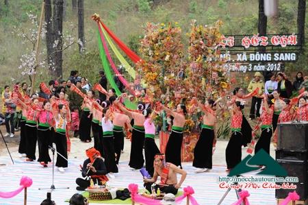 Lễ hội Hết Chá - nét văn hóa đặc sắc của người Thái Mộc Châu