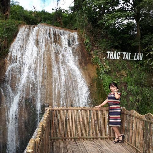 Khai trương điểm du lịch thác Tát Lau tại Mộc Châu