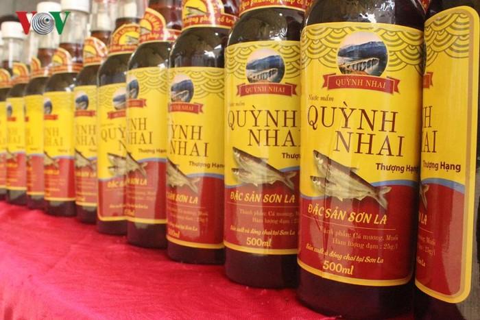 Nước mắm Quỳnh Nhai- đặc sản Quỳnh Nhai được làm từ cá nước ngọt