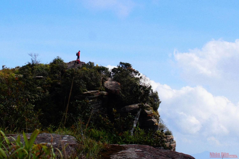Chinh phục đỉnh Pha Luông mùa lá phong