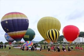 Lễ hội khinh khí cầu Quốc tế sẽ tung bay trên bầu trời Cao nguyên Mộc Châu vào ngày 14/2/2019