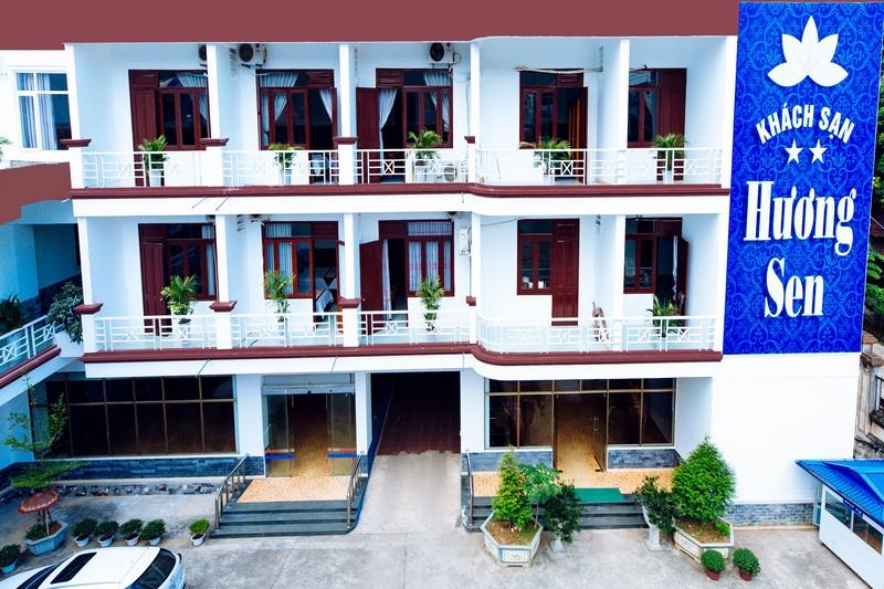 Moc Chau Huong Sen Hotel 2019