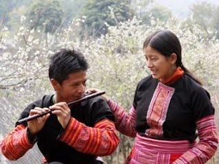 xuan ve tren ban mong www timhieuamnhac net