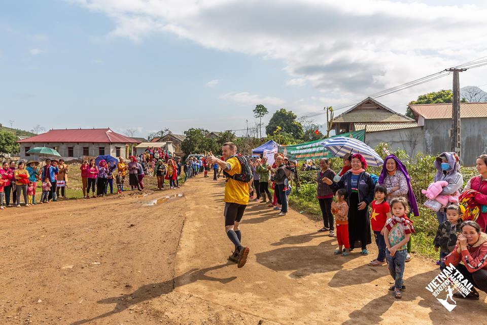 Vietnam Trail Marathon moc chau (5)