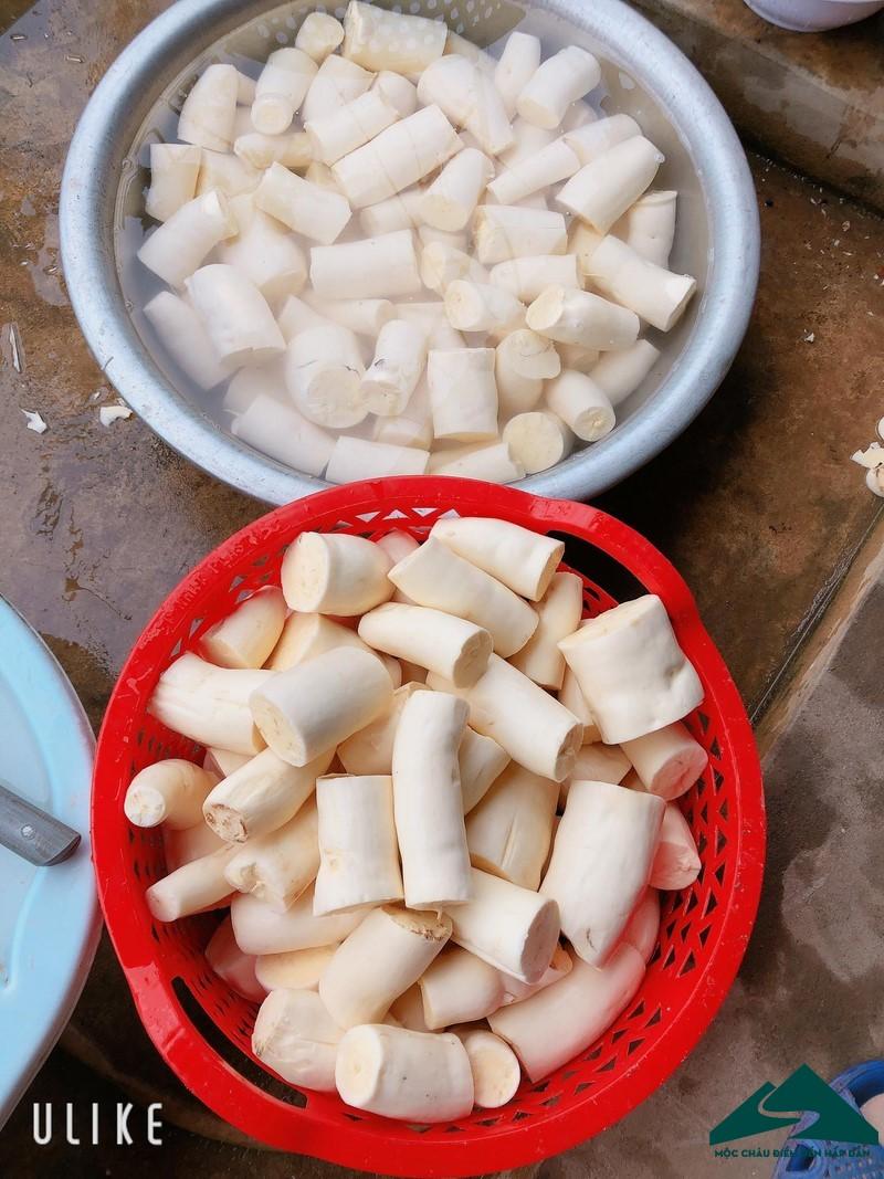 banh san moc chau 3 (Copy)